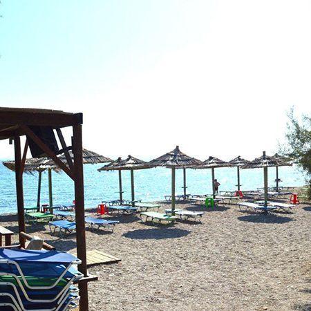 Κοντινή παραλία την πόλης, η ομώνυμη παραλία της Μπελλα Βίστα