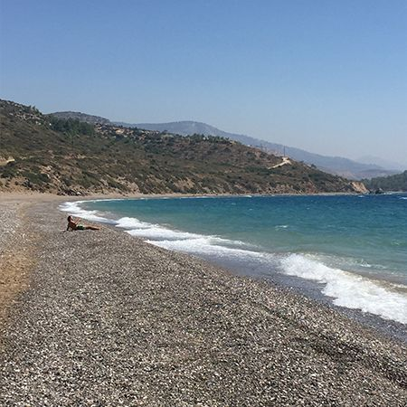 Η παραλία του Μάναγρου στην Βόρεια Χίο