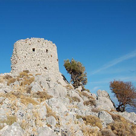 Καρδάμυλα - Κάστρο Γριάς - Πεζοπορία σε ορεινό μονοπάτι